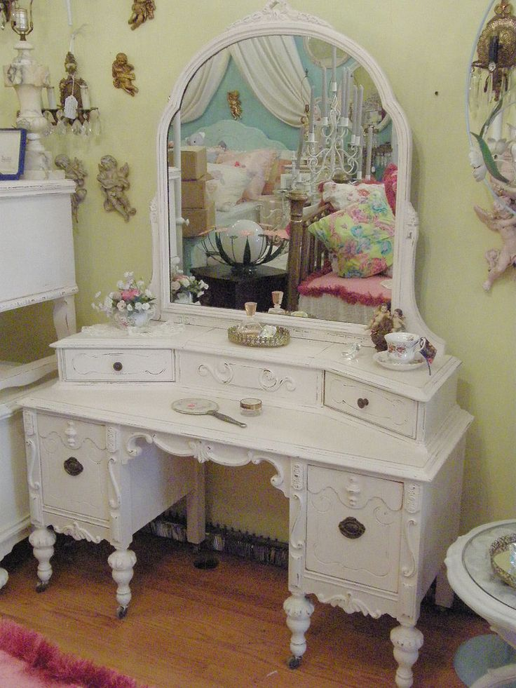 pink shabby chic antique vanity | Flickr - Photo Sharing!