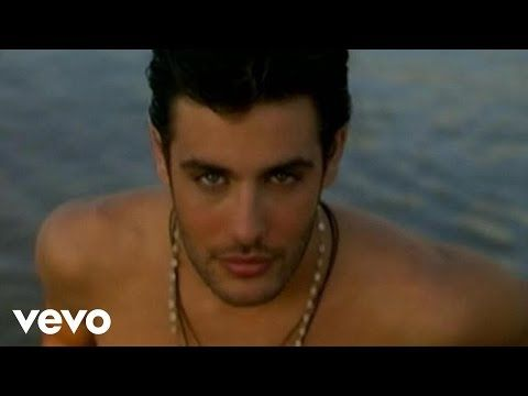 """Charis Alexiou - Evdokia's Zeimbekiko 2007 """"Athens"""" Live Greek Music Video HQ - YouTube"""