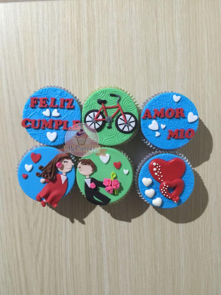 Cupcakes con mensaje. Cupcakes de amor. Cupcakes novios. Cupcakes corazones. Cupcake bicicleta