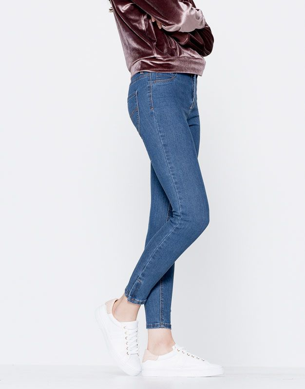 Skinny fit jeans with zip at hem - Jeans - Clothing - Woman - PULL&BEAR Israel