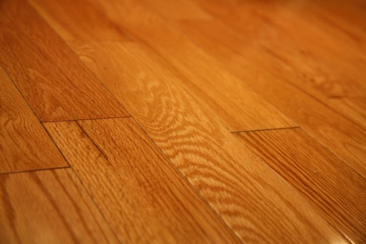 Floor Waxing Tips and Tricks for Choosing the Right Finish http://greenfieldcleaner.com/options-hardwood-floor-finish/