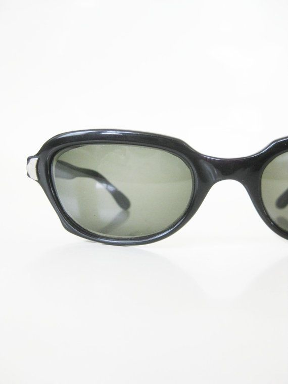 Vintage 1960s Cat Eye Glasses Womens Sunglasses Sunnies 60s Retro Rockabilly Pin Up Girl Ladies Sunwear