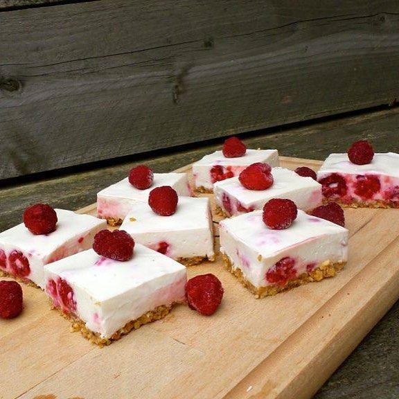 Sunny cheesecake squares