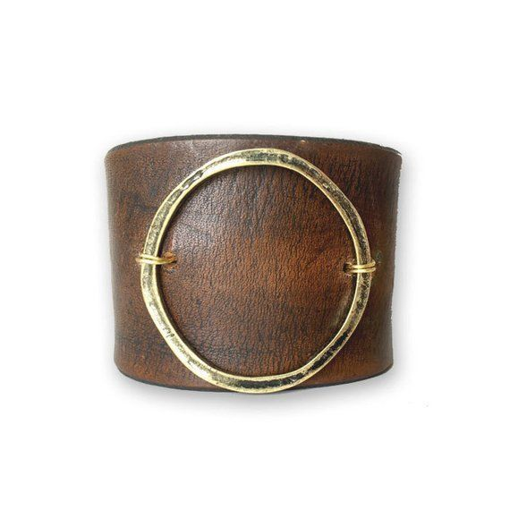 Leather Statement Bracelet-Joanna Gaines Jewelry – Genuine Leather Cuff with metal circle accent – B