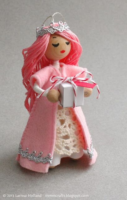 mmmcrafts: hello, my name is Princess Candy Cane. Ornament. Adorable.