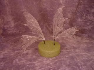 DIY Free Tutorial - Fairy Wings from Tissue Paper and Wire