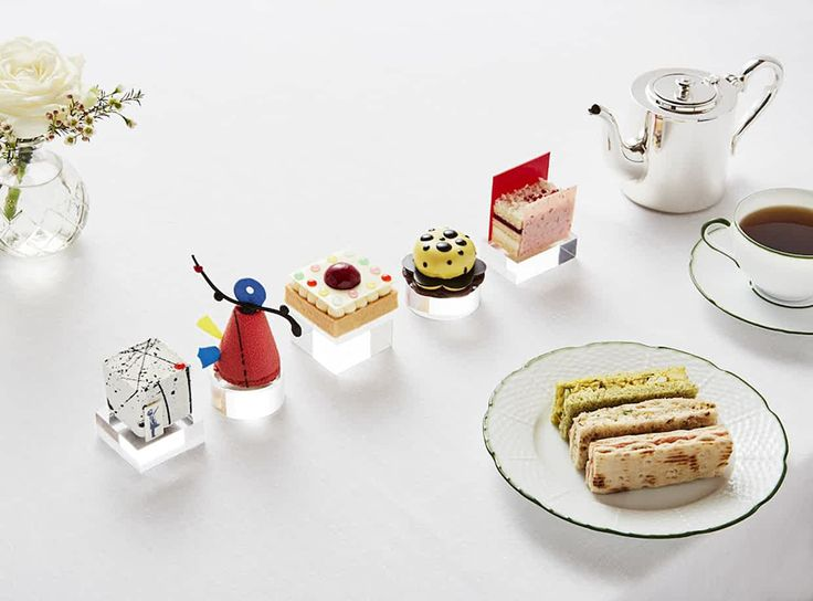 Art Afternoon Tea at Rosewood, London - The Cool Hunter