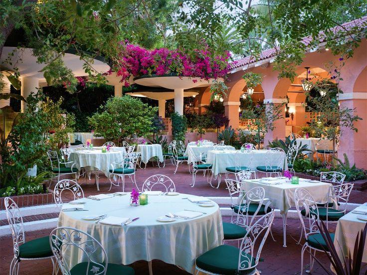 Restaurant Design - featuring L.A. Restaurants Tower Bar, Polo Lounge, Jon & Vinny's, Nobu Malibu Photos | Architectural Digest