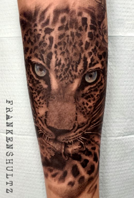 leopard tattoo done by Frankenshultz @ Artlabs tattoo studio Federal way Washington