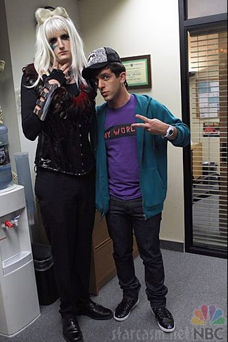 Gabriel Susan Lewis (Zach Woods) as Lady Gaga and Ryan Howard (BJ Novak) dressed for Halloween on NBC's The Office