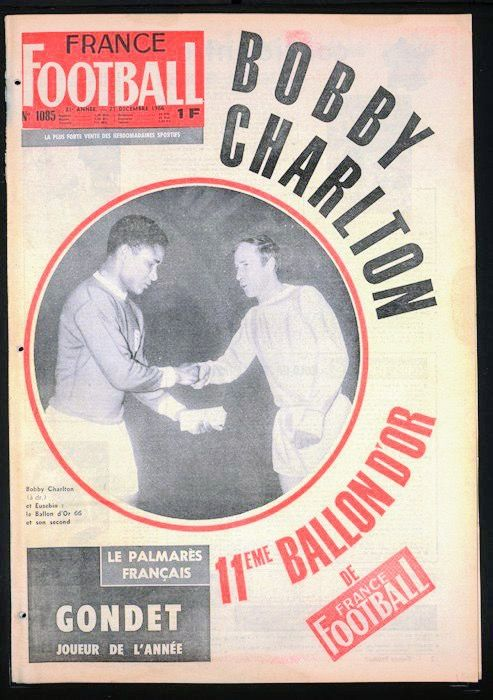 France Football magazine in Dec 1966 featuring Eusebio and Bobby Charlton on the cover.