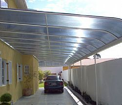 Cobertura transparente de policarbonato para garagem estrutura de aluminio ou madeira