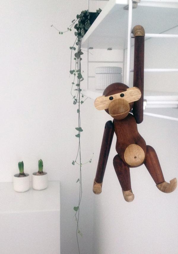 Quién es esa monada, The monkey
