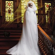 Make this cape from tulle for ghost costume next year! : ghost cape costume  - Germanpascual.Com
