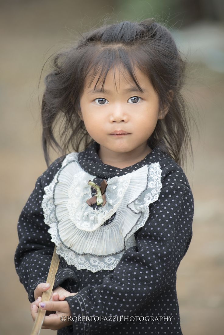 """Portrait of a baby girl (Laos).  Visit http://robertopazziphotography.weebly.com subcribe to the newsletter and download the ebook """"Street of the World"""" as welcome gift!  Web Site: http://robertopazziphotography.weebly.com Facebook: https://www.facebook.com/robertopazziphotography Instagram: Roberto_Pazzi_Photography"""