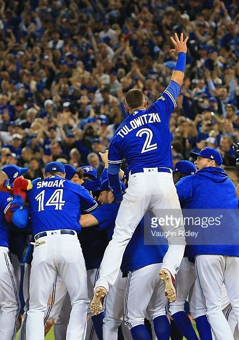 The Blue Jays win the Wild Card////Oct 4, 2016 AL Wild Card Game v BAL