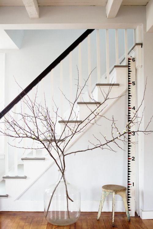 twigs: Modern Farmhouse, Yard Sticks, Decor Ideas, Paintings Stairs, Home Interiors, Style Inspiration, Interiors Design, Simple Chic, Growth Charts