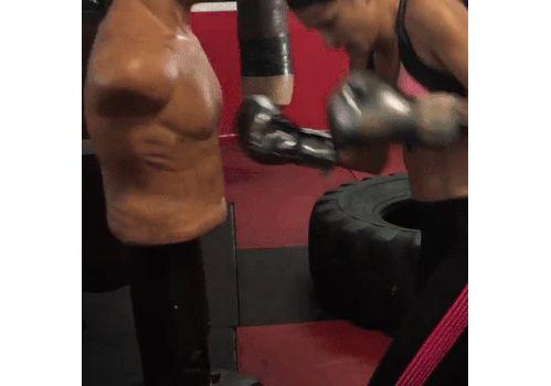 L'entraînement de boxe de l'Ange Adriana Lima