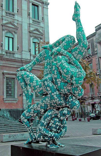 SCULTURA DI RABARAMA A CATANIA by pasere, via Flickr