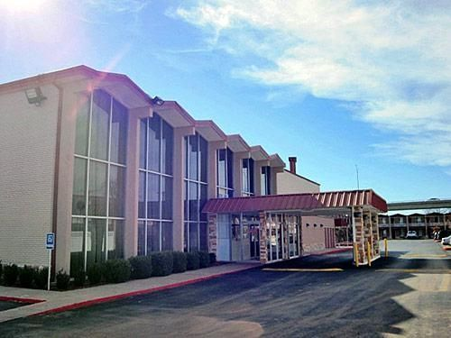 Motel 6 Wichita Falls - Broad Street - 2 Star #Motels - $40 - #Hotels #UnitedStatesofAmerica #WichitaFalls http://www.justigo.co.uk/hotels/united-states-of-america/wichita-falls/wichita-falls-1212-broad-street_99035.html