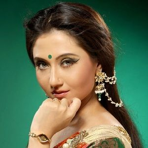 Swastika Mukherjee (Indian, Film Actress) was born on 13-12-1980. Get more info like birth place, age, birth sign, biography, family, relation & latest news etc.