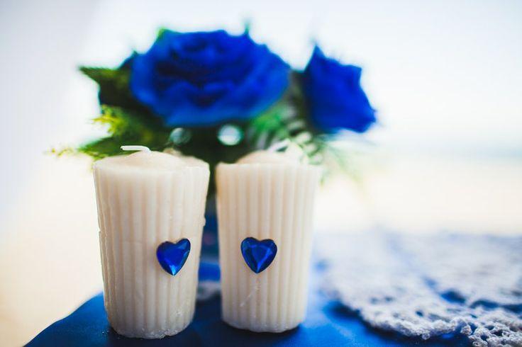 Свадьба в Доминикане (Weddings in the Dominican Republic); Декорированые белые свечи (Decorating white candles); Синие розы (blue Rose)
