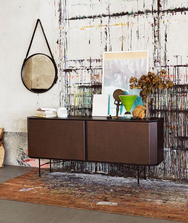 DIESEL with Moroso Perf Ego cabinet + Stud Mirror