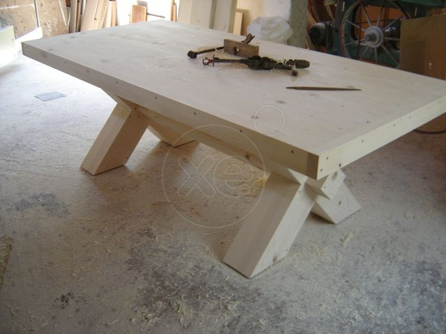 ΤΡΑΠΕΖΙ 230 x 110 εκ. μοναστηριακό,(ΚΩΔ: 0108 ) από έμπειρο τεχνίτη επιπλοποιό φτιαγμένο στο χέρι με μεράκι, περιορισμένης ποσότητας παραγωγής, τραπέζι μοναστηριακού τύπου, από μασίφ, συμπαγές, ξύλο από έλατο, πολύ γερή και ανθεκτική κατασκευή ικανό να αντέχει τόσο σε εξωτερικούς χώρους (αυλή κ. λπ. ) λόγω της ποιότητας κατασκευής αλλά και του είδους του ξύλου, και για εσωτερικό χώρο, αποστέλλονται παντού, για εντός Αττικής υπάρχει και δυνατότητα μεταφοράς στο χώρο σας, αναλαμβάνονται…