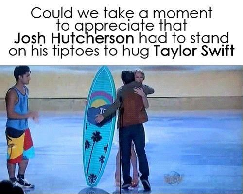 Hahaha But notice Taylor Swift is wearing high heels, so she has an advantage.