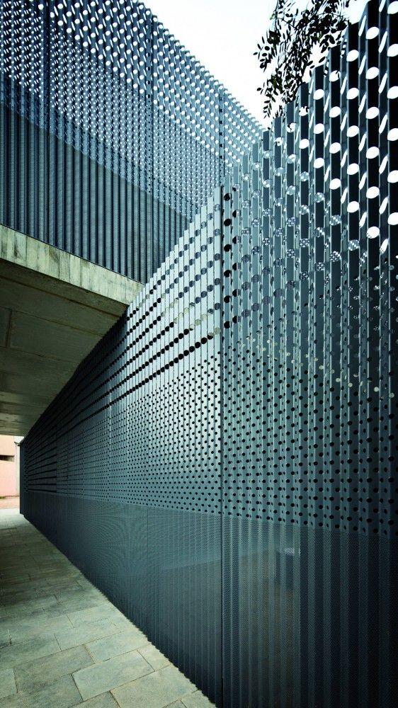 Nursery in the Jardines De Malaga / Batlle i Roig Architectes #architecture - ☮k☮ - #modern