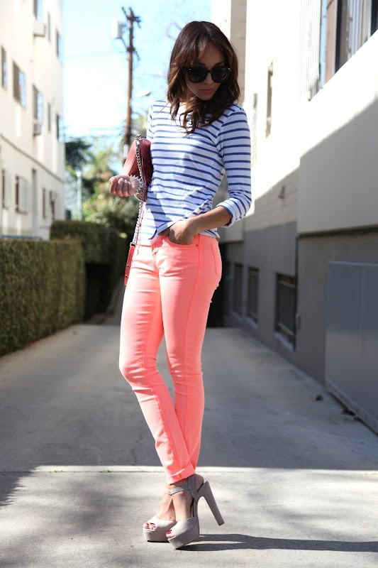 Bought those jeans today, perfect shade for spring.Colors Pants, Coral Pants, Colors Jeans, Pink Pants, Outfit, Ashley Madekwe, Stripes Shirts, Pink Jeans, Colors Denim