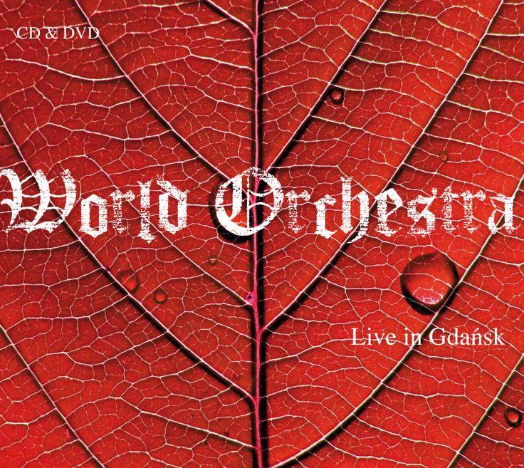 WORLD ORCHESTRA – Live in Gdańsk –CD/DVD Zapis koncertu z festiwalu Solidarity ofArts 2011. Światowy skład orkiestry –wirtuozi zPolski, ze Skandynawii, zBałkanów i Azji. Usłyszymy harfę, kantelę, kawalę, cymbały, kuraj. Twórcą projektu, muzyki i dyrygentem jest Grzech Piotrowski.