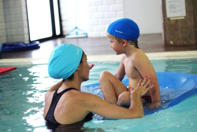 Diário: mãe de um autista: Hidroterapia em crianças com Autismo