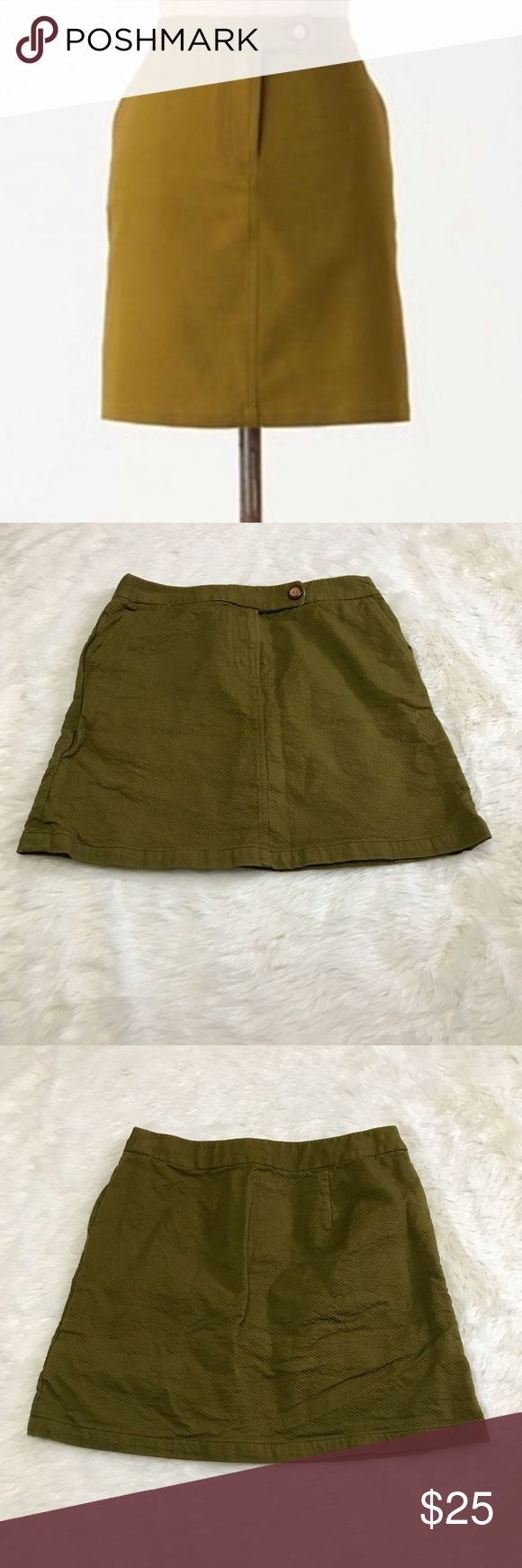 """Anthropologie Vanessa Virginia Green Skirt This forest green pickstiched mini skirt is adorable. It is a size 4 and is 100% cotton. Excellent used condition. It has a tropical print accent strip inside and for the pocket linings. Zipper and button at waist.   Measurements (from flat lay) Length: 15 1/2"""" Waist: 13 1/2""""  ❤️ Bundle and Save on Shipping! ❤️ I Love Offers! Anthropologie Skirts"""