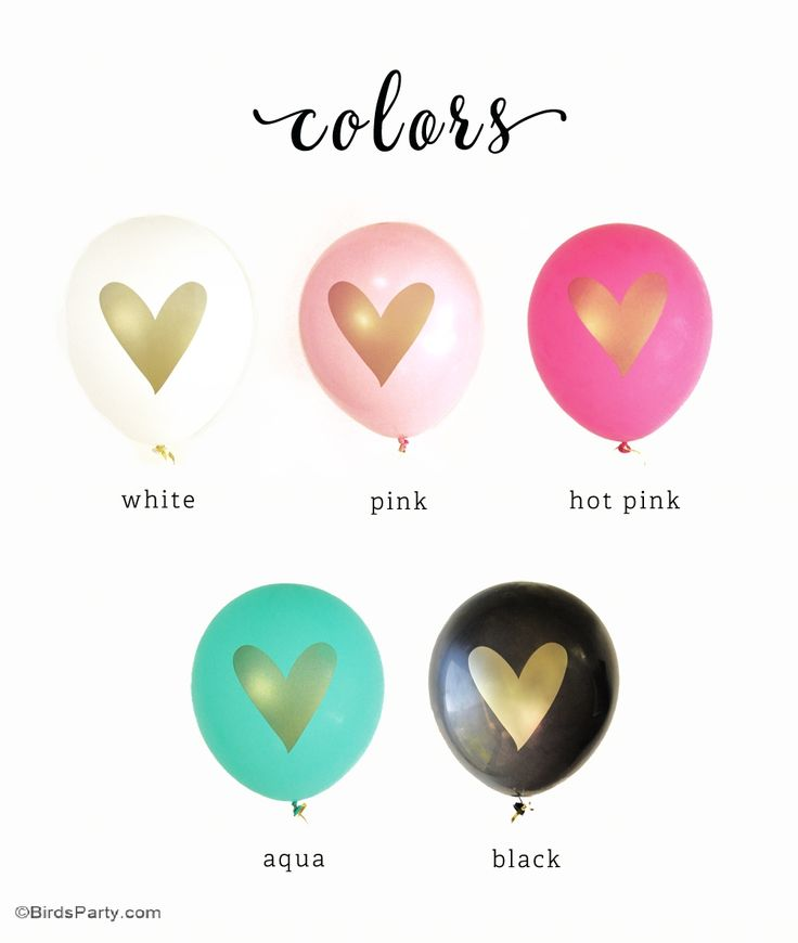 Love these gold heart party balloons! So chic for a bridal shower or Valentine's Day party!