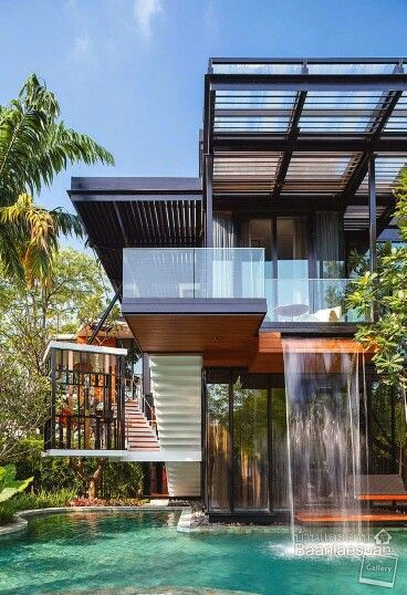 Cool modern tropical architecture, LOVE the water feature!