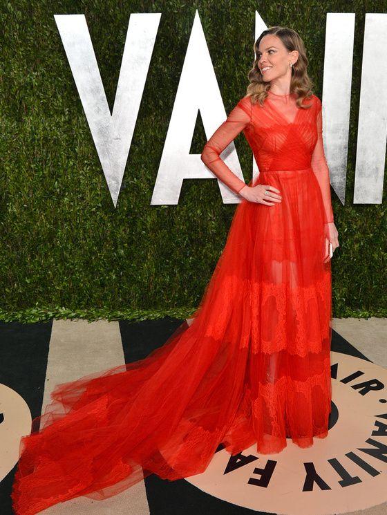 Hilary Swank arrivant à la soirée des Oscars de Vanity Fair, le 24 février 2013