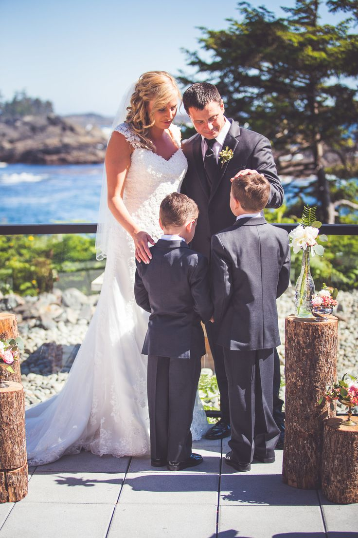 black-rock-oceanfront-resort-weddings-ucluelet-bc-courtney-jake-263.jpg