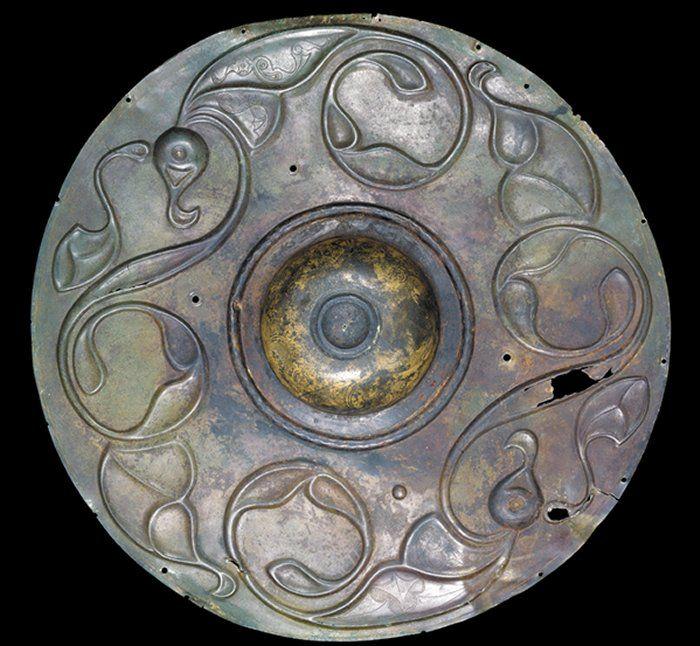 Avrasya stepinde Kelt sanatı ile Demir Çağı sanatı arasındaki ilişki nedir?