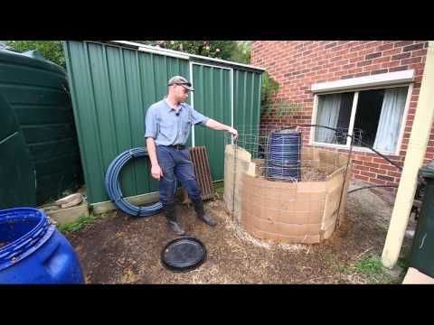 """▶ Compost Heater - Permaculture Our Urban Design Part 6 - YouTube When it's made right, compost creates heat. And that heat can be put to good use. Search YouTube for """"compost"""" and """"heat,"""" and you'll find plenty of videos exploring compost-heated showers and greenhouses. But permaculture expert Chris Towerton has been experimenting with a heat exchange system to power a radiator in one of his upstairs bedrooms."""