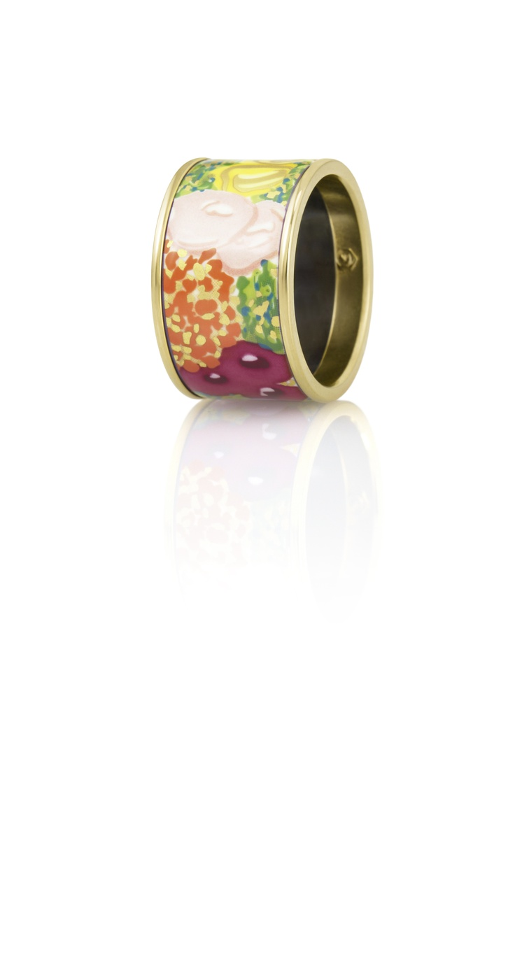 Flower power!   Diva ring from Floral Symphony -Impressionist Flowers collection, FREYWILLE, Baneasa Shopping City
