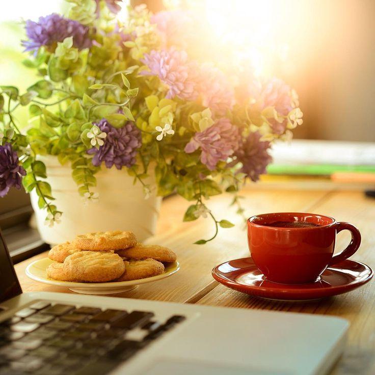 Coffee now. Work later. ☕️ #Monday #coffeelover #coffeetime #coffee #coffeebreak…