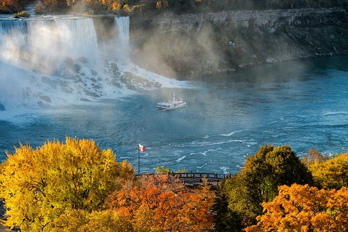 Why Fall is the Best Time to Visit Niagara Falls   Hornblower Niagara Cruises