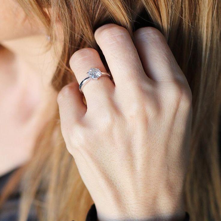 ❤️San Valentín ❤️ Anillo de oro blanco con diamante de 1,38ct. Un diamante es para toda la vida💎 #alvioro.es #joyasvintage #diamantes