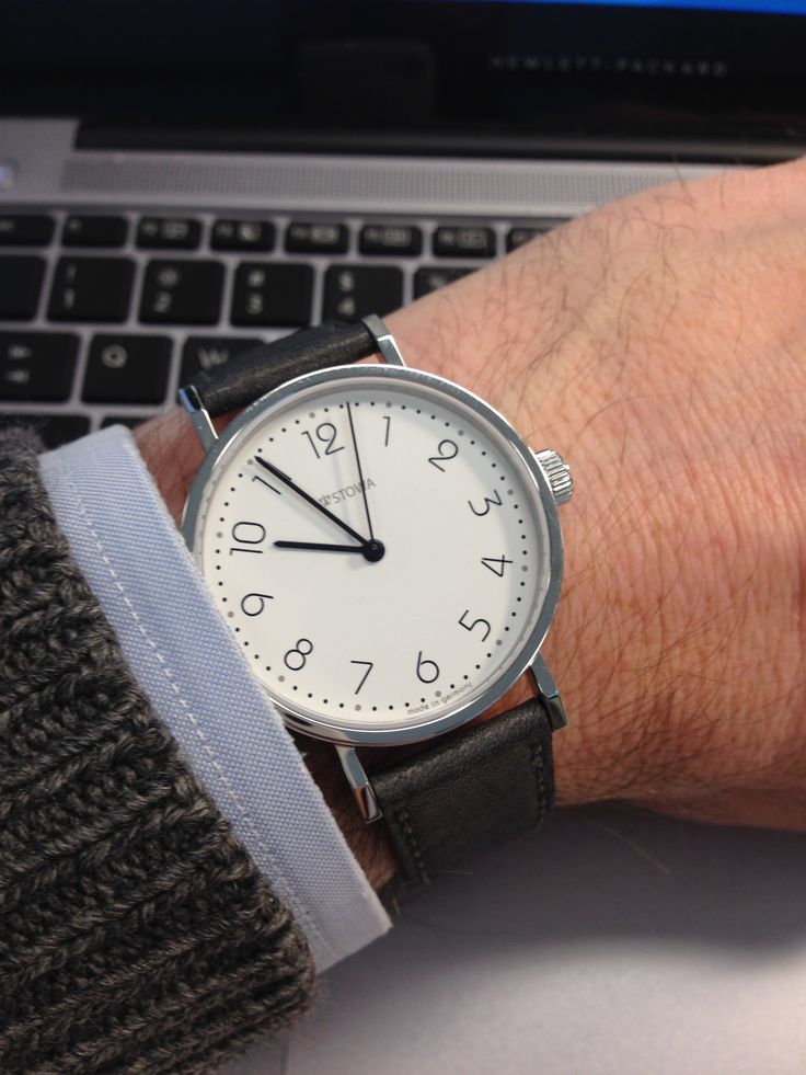 Customer Review: E.Z.'s Stowa Back 2 Bauhaus Wristshot