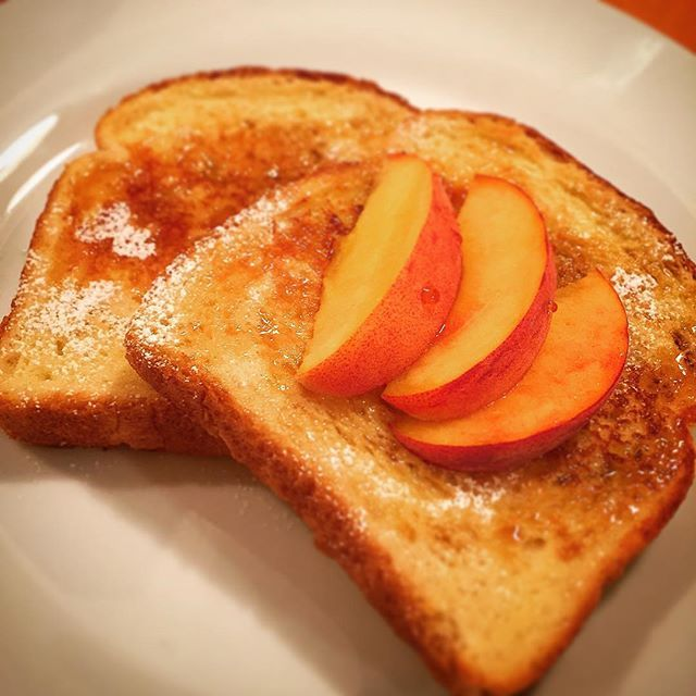Sometimes breakfast... Golden French Toast, Fresh #Ontario Peaches, #Ontario Maple Syrup. #KISS