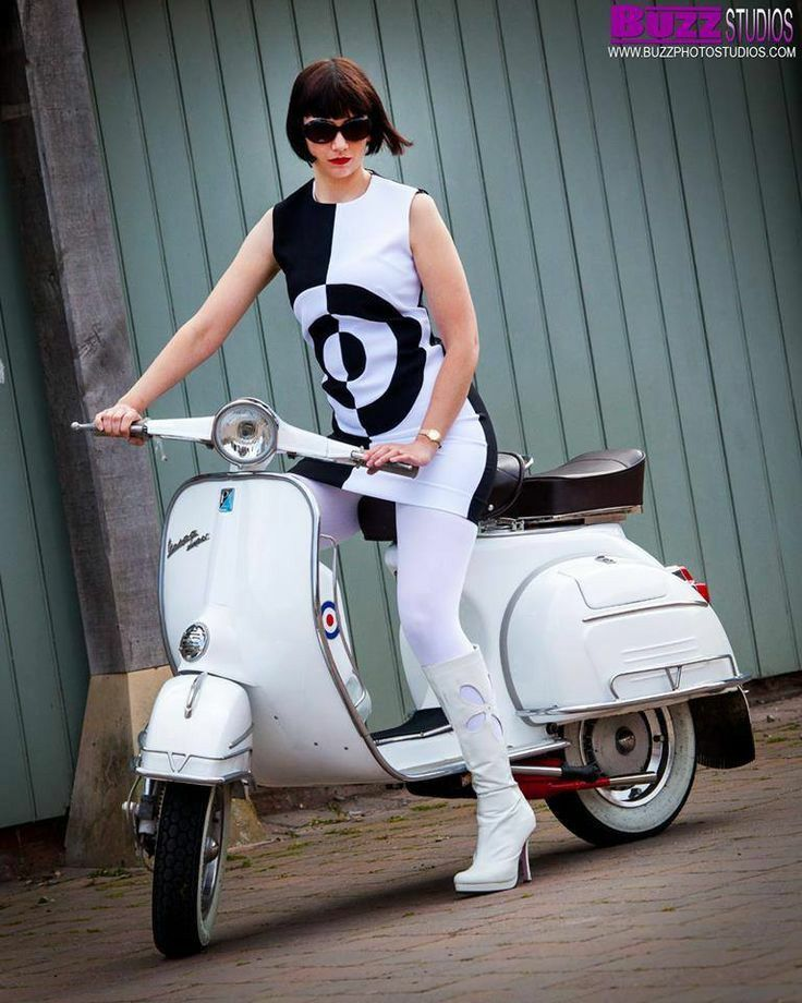 Mod on her Scooter