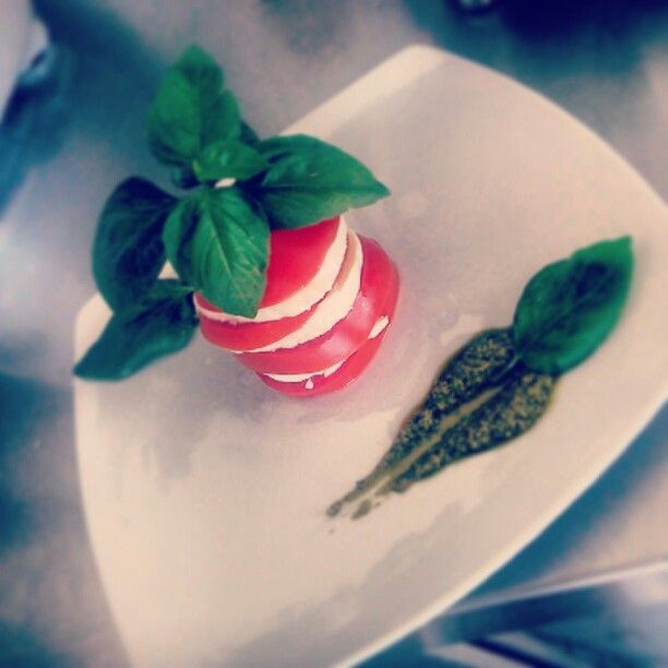 Great fresh homemade lunch time...caprese!!! Voila!!
