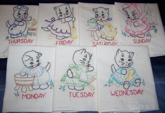 Vintage days of the week kitchen towels with kittens.