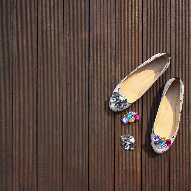 1 shoes for all event,  put the SHOE CLIPS on and Looks how fashionable your shoes are.  Www.zero-stores.com